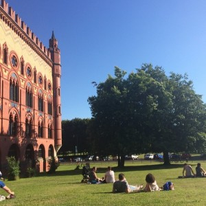 There's nothing like a sunny day in Glasgow.